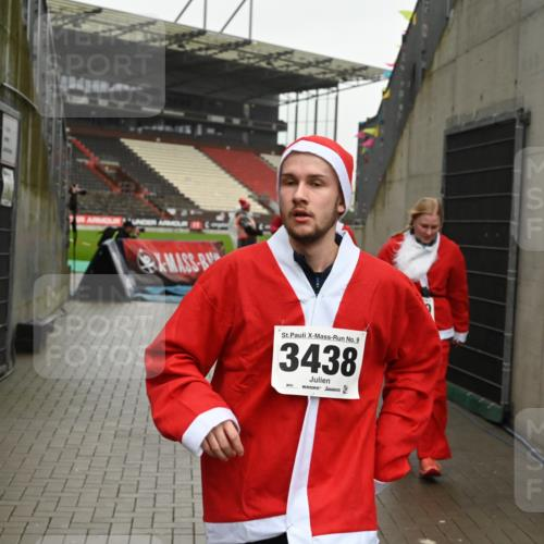 08.12.2019 - St. Pauli X-Mass-Run No. 9 E. Peters http://msf.ph/oto/3192896 08.12.2019 12:05:54 Ziel 2652, 2802, 2933, 2939, 3026, 3058, 3059, 3128, 3148, 3340, 3429, 3438, 3459, 3460, 3492 meine-sportfotos.de